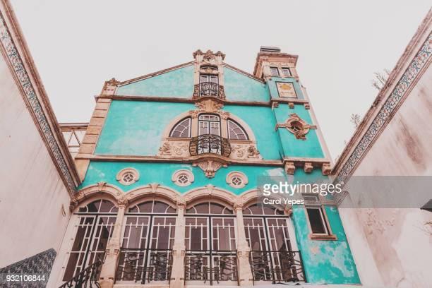 typical aveiro facade building,portugal - art nouveau fotografías e imágenes de stock