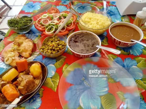 typical brazilian meal. - parco nazionale di chapada diamantina foto e immagini stock