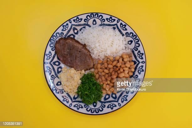 typical brazilian meal - feijão - fotografias e filmes do acervo