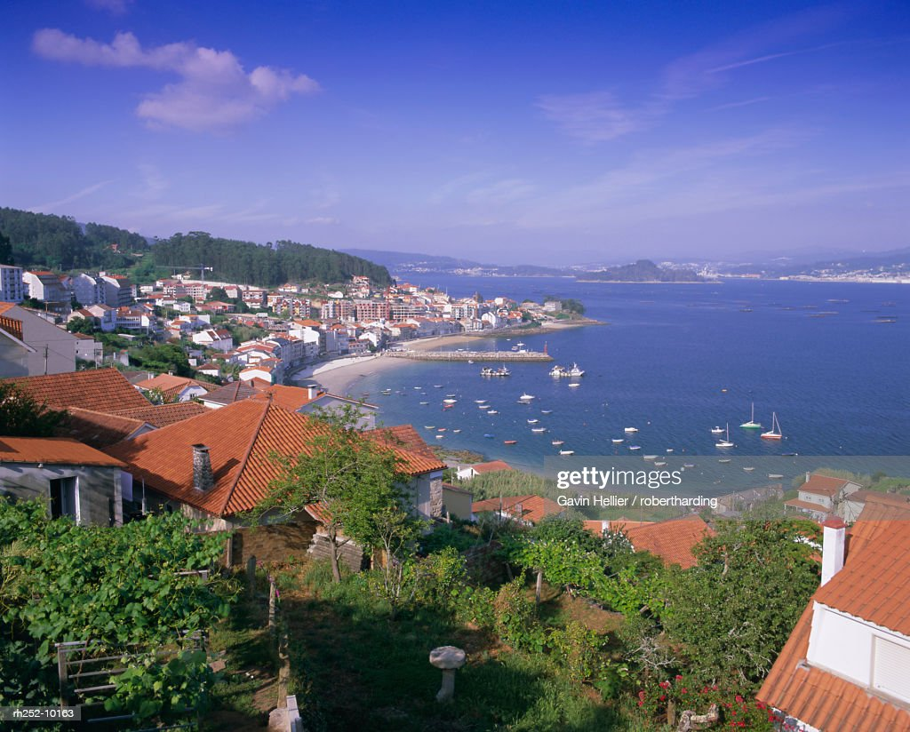 Typical coastline near Sanxenxo, Galicia, Spain, Europe : Foto de stock