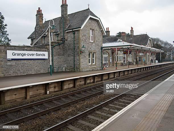 typical cumbrian railway station - cumbria stockfoto's en -beelden