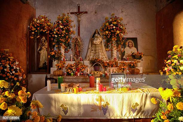 Typical day of the dead altar.