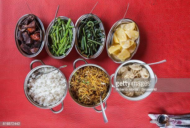typical food phuentsholing bhutan - bhutan stockfoto's en -beelden