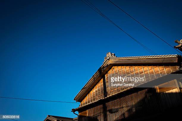 a typical japanese wooden house architecture - ise mie stock pictures, royalty-free photos & images