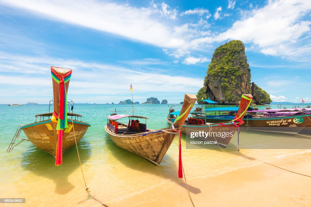 typical long tail boat in Island of Thailand : Foto de stock