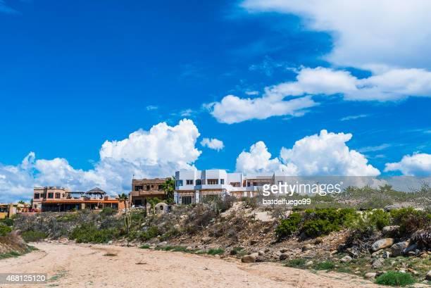 casas típicas de la cocina mexicana beach frente al mar en todos los santos - todos santos mexico fotografías e imágenes de stock