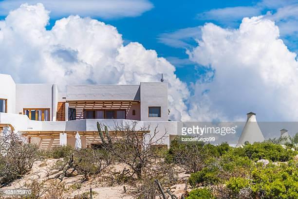 típico cocina mexicana beach resort frente al mar en todos santos - todos santos mexico fotografías e imágenes de stock