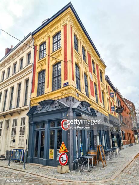 フランス、リールの典型的なレストラン - オードフランス地域圏 ストックフォトと画像