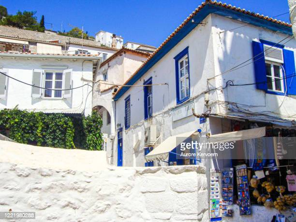 typical streets and houses of hydra island in greece - hydra greece photos stock pictures, royalty-free photos & images