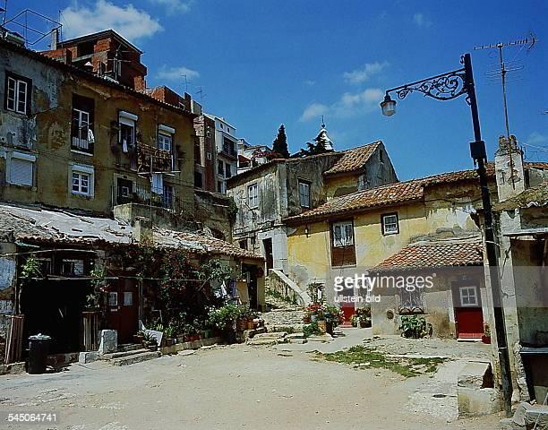 Typische Häuser im alten AlfamaDistrikt3925/11 oJ