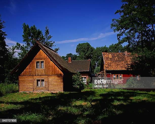 Typische Spreewaldhäuser in Lübbenau- 1994