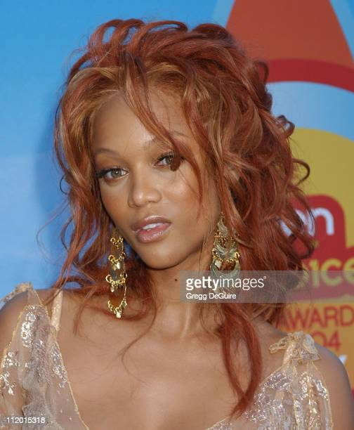 Tyra Banks during The 2004 Teen Choice Awards - Arrivals at Universal Ampitheatre in Universal City, California, United States.