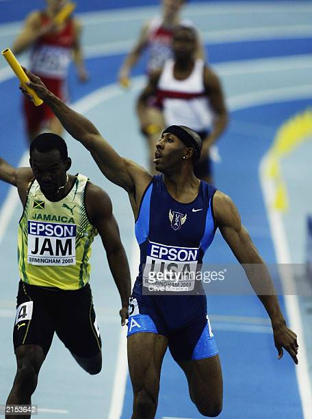 Tyree Washington anchors the USA team to victory in the mens 4x400 metres relay final during the 9th IAAF World Indoor Athletics Championships held...