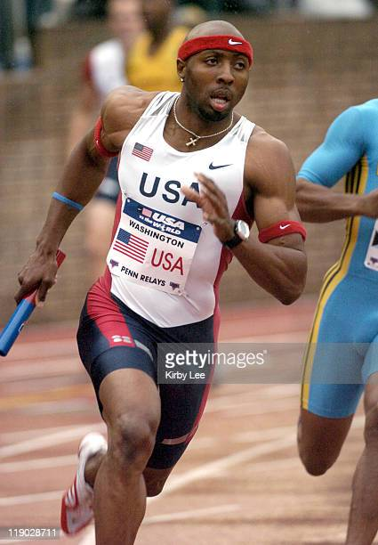 Tyree Washington runs the second leg on the United States Red 4 x 400meter relay in the USA vs The World competition in the111th Penn Relays at the...
