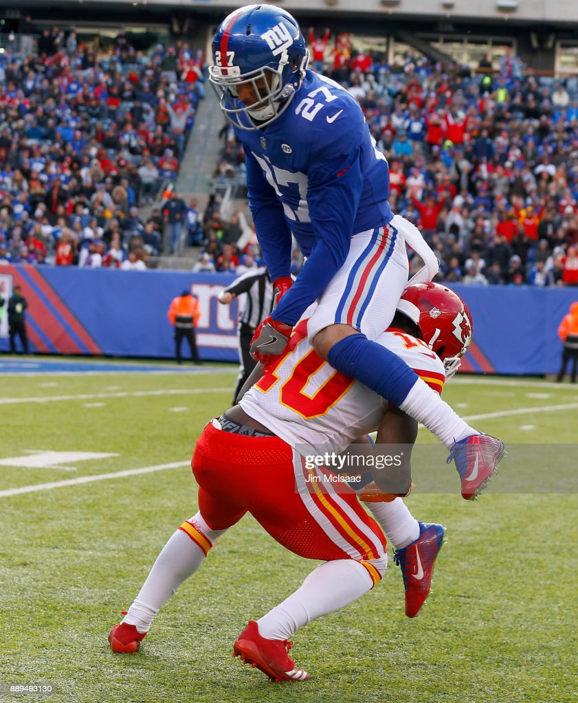 Tyreek Hill #10 of the Kansas City Chiefs in action against Darian Thompson #27 of the New York Giants on November 19, 2017 at MetLife Stadium in East Rutherford, New Jersey. The Giants defeated the Chiefs 12-9 in overtime.