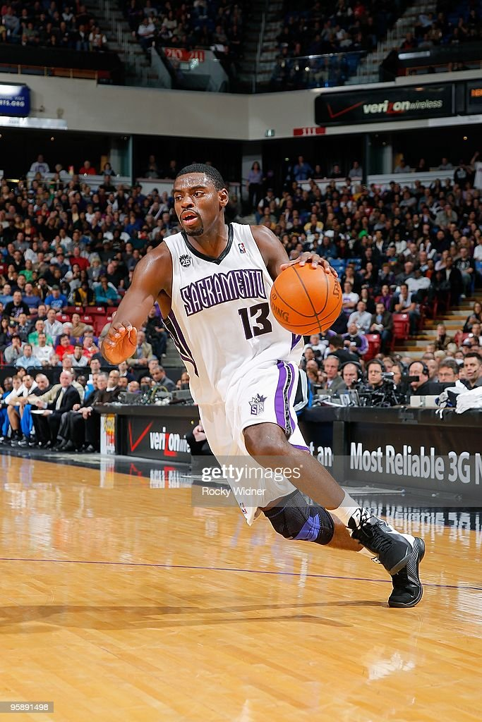 Tyreke Evans #13 of the Sacramento Kings drives the ball to the basket during the game against the Orlando Magic on January 12, 2010 at Arco Arena in Sacramento, California. The Magic won 109-88.