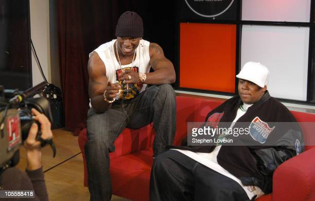 Tyrese and Kenan Thompson during Kenan Thompson and Tyrese Visit MTV's 'TRL' December 21 2004 at MTV Studios in New York City New York United States