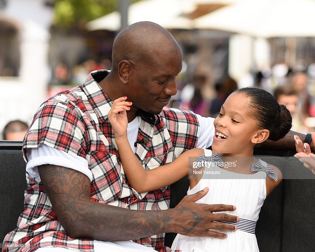 Tyrese Gibson And Maddie & Tae On 'Extra' : News Photo