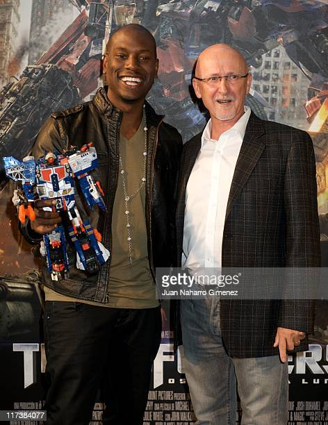 Tyrese Gibson and Ian Bryce attend 'Transformers Dark of The Moon' Premiere at Kinepolis Cinema on June 26 2011 in Madrid Spain