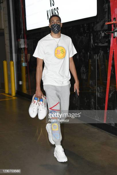 Tyrese Haliburton of the Sacramento Kings arrives prior to a game against the LA Clippers on January 20, 2021 at STAPLES Center in Los Angeles,...