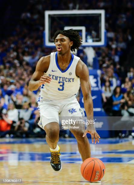 Tyrese Maxey of the Kentucky Wildcats dribbles the ball against the Florida Gators at Rupp Arena on February 22, 2020 in Lexington, Kentucky.