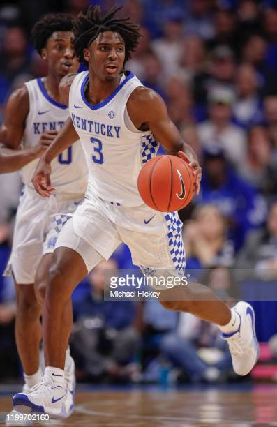 Tyrese Maxey of the Kentucky Wildcats dribbles the ball during the game against the Mississippi State Bulldogs at Rupp Arena on February 4, 2020 in...