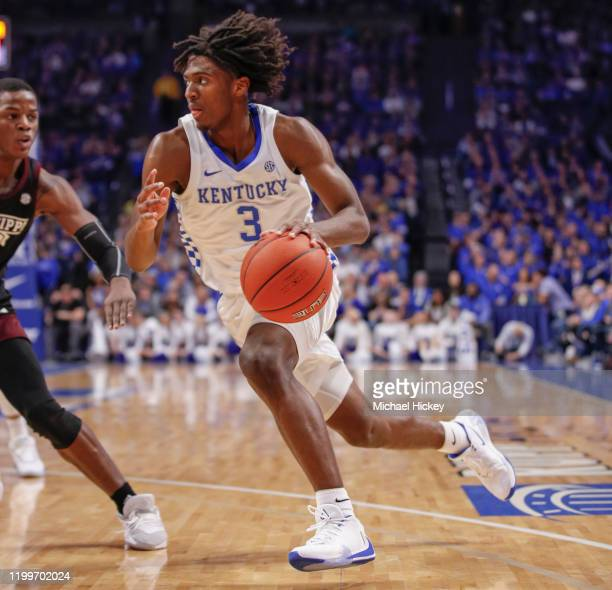 Tyrese Maxey of the Kentucky Wildcats drives to the basket during the game against the Mississippi State Bulldogs at Rupp Arena on February 4, 2020...
