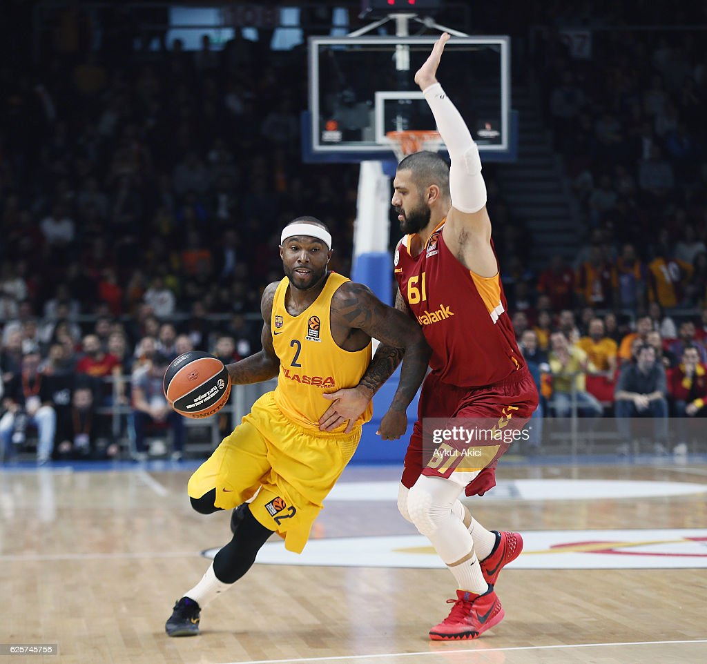 Galatasaray Odeabank Istanbul v FC Barcelona Lassa - Turkish Airlines Euroleague