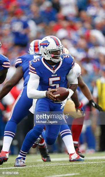 Tyrod Taylor of the Buffalo Bills hands the ball off during the game against the San Francisco 49ers at New Era Field on October 16 2016 in Orchard...