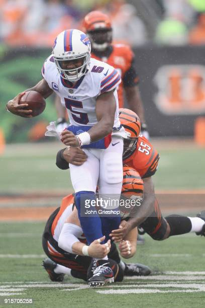 Tyrod Taylor of the Buffalo Bills runs the football upfield during the game against the Cincinnati Bengals at Paul Brown Stadium on Ocotber 8 2017 in...