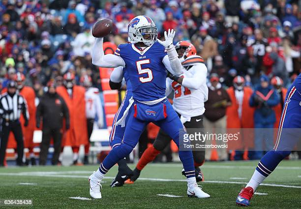 Tyrod Taylor of the Buffalo Bills throws during NFL game action against the Cleveland Browns at New Era Field on December 18 2016 in Orchard Park New...