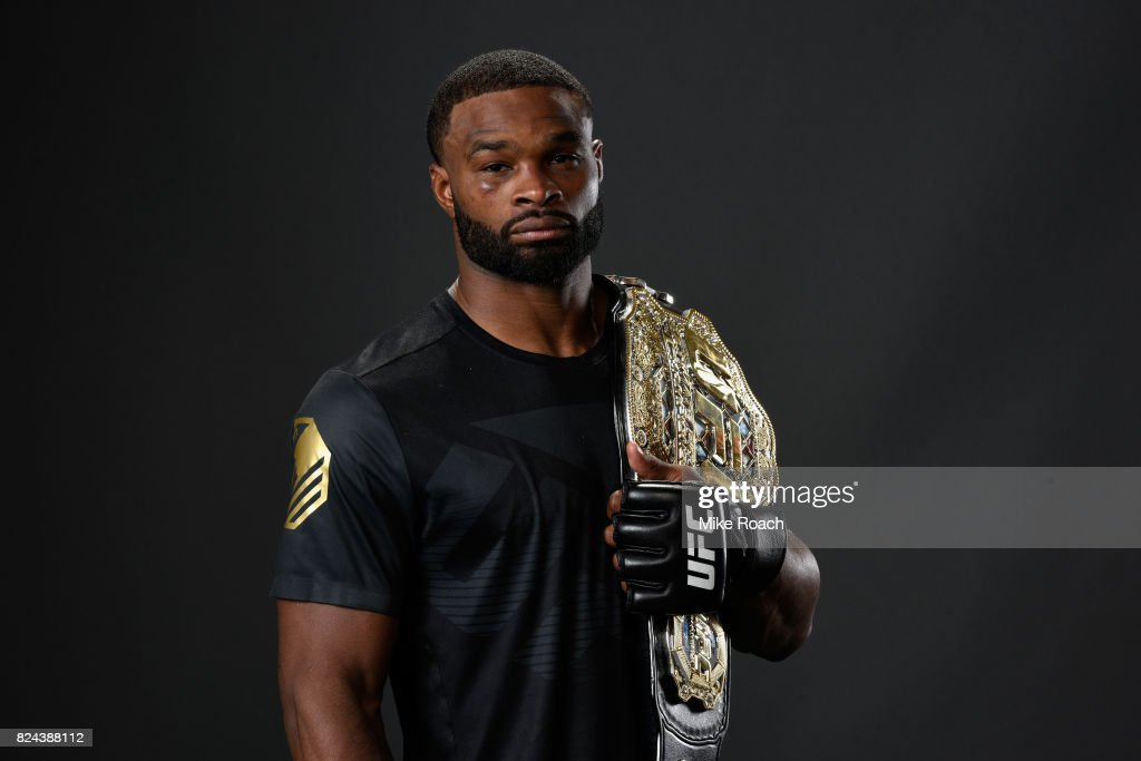UFC 214: Cormier vs Jones 2 : News Photo