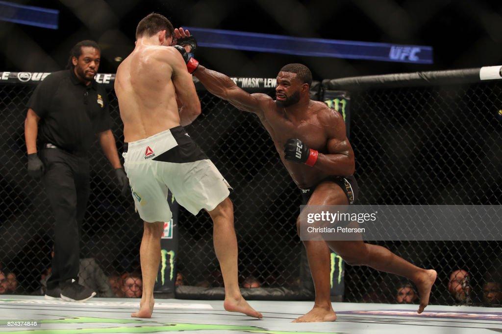 UFC 214: Woodley v Maia : News Photo