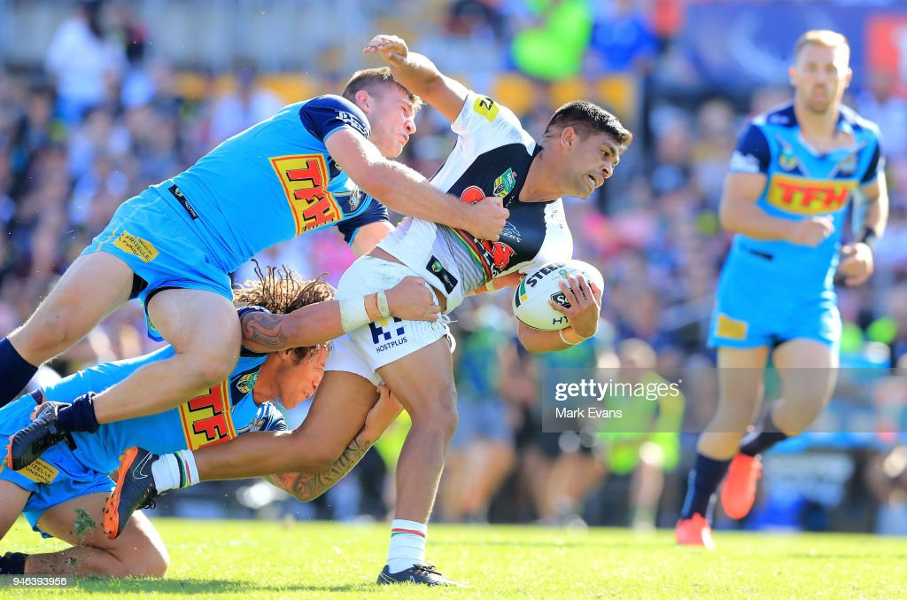NRL Rd 6 - Panthers v Titans : News Photo