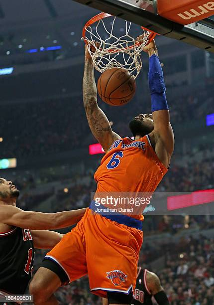 Tyson Chandler of the New York Knicks dunks against the Chicago Bulls at the United Center on October 31 2013 in Chicago Illinois NOTE TO USER User...