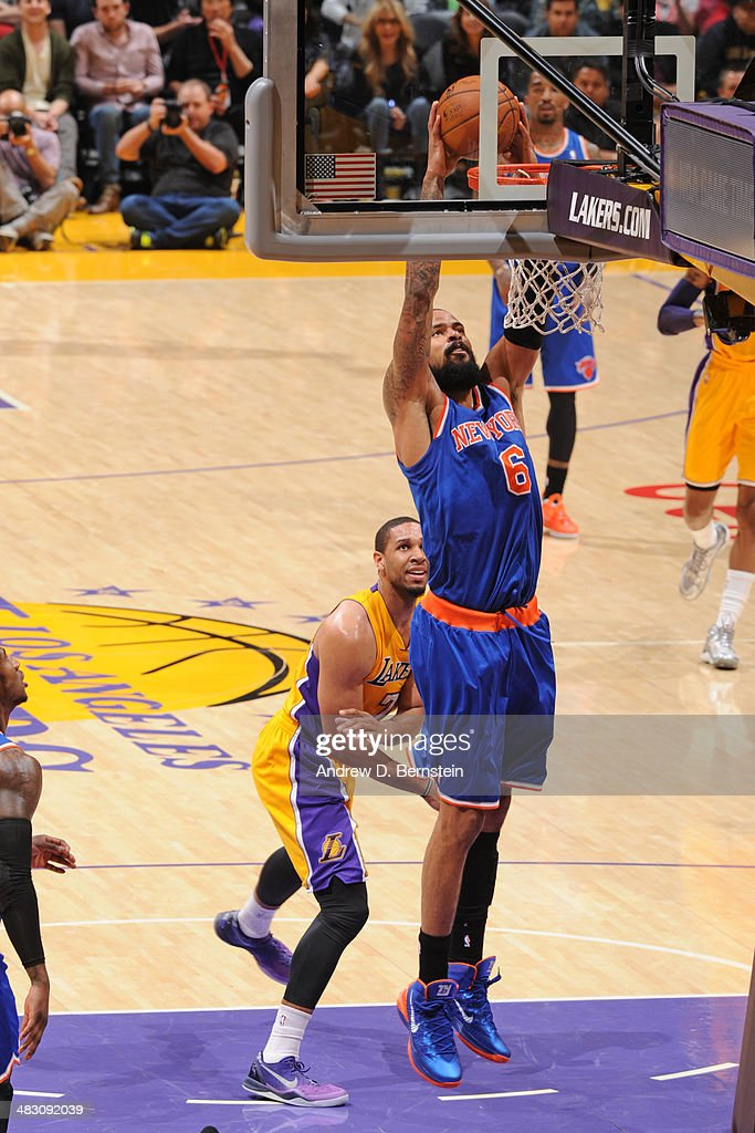 Tyson Chandler #6 of the New York Knicks dunks against the Los Angeles Lakers at Staples Center on March 25, 2014 in Los Angeles, California.