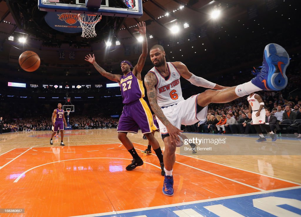 Tyson Chandler #6 of the New York Knicks scores two in the first half against the Los Angeles Lakers at Madison Square Garden on December 13, 2012 in New York City.