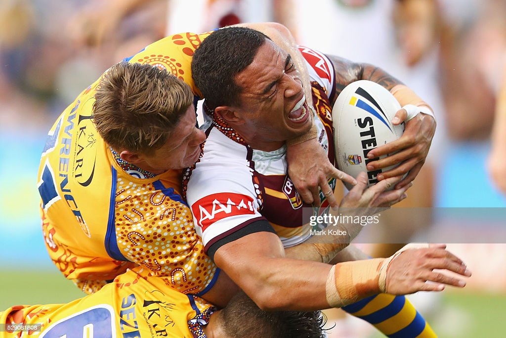 Tyson Frizell of Country is tackled during the NSW Origin match between City and Country at Scully Park on May 8, 2016 in Tamworth, Australia.