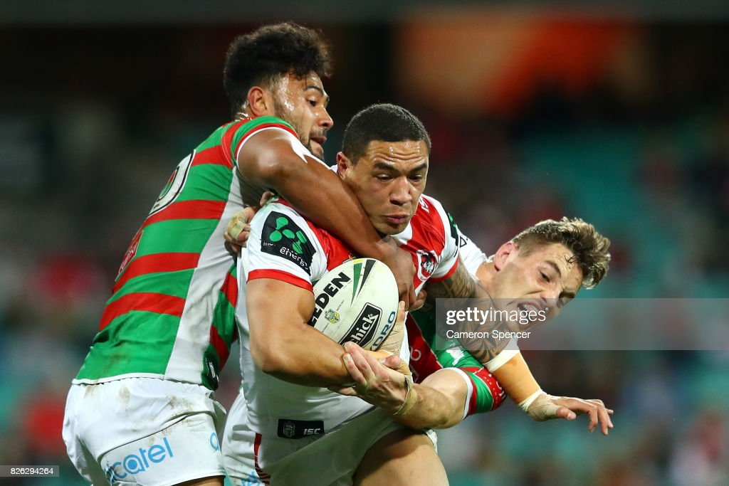 Tyson Frizzle of the Dragons is tackled during the round 22 NRL match between the St George Illawarra Dragons and the South Sydney Rabbitohs at Sydney Cricket Ground on August 4, 2017 in Sydney, Australia.