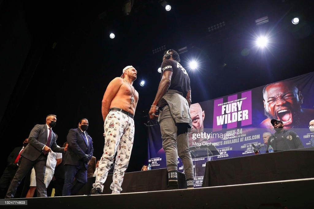 Tyson Fury v Deontay Wilder - Press Conference : ニュース写真
