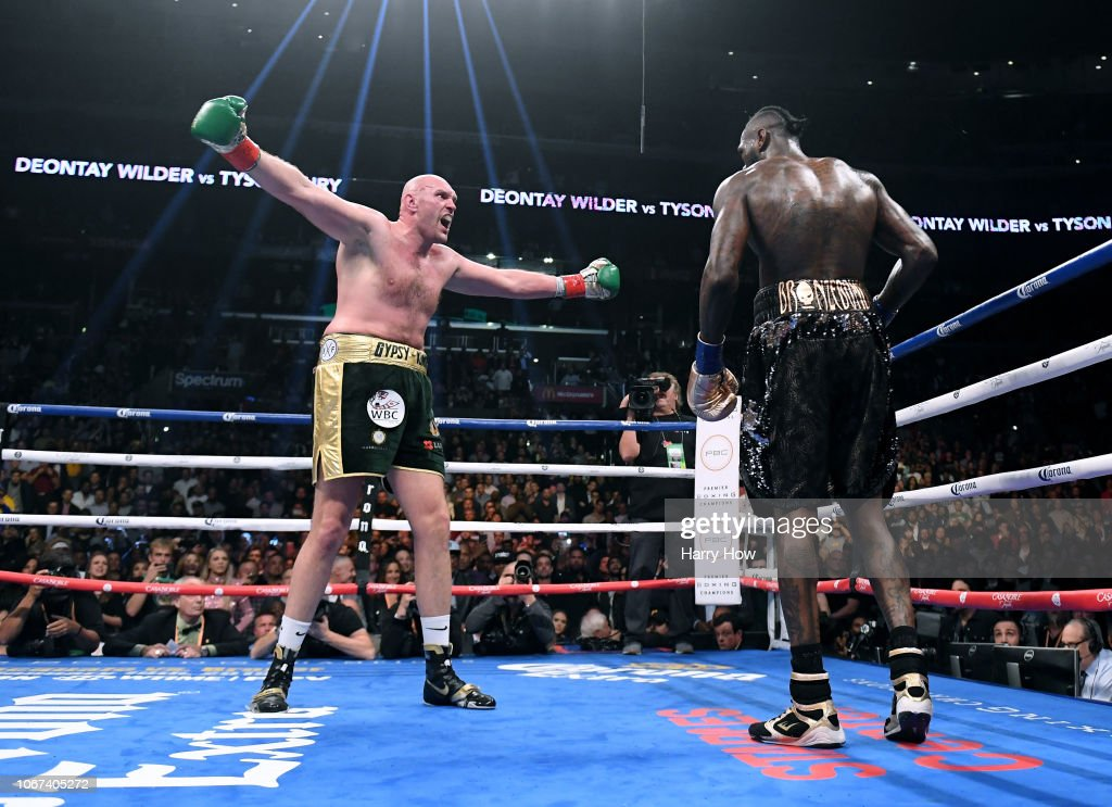 Deontay Wilder v Tyson Fury : News Photo