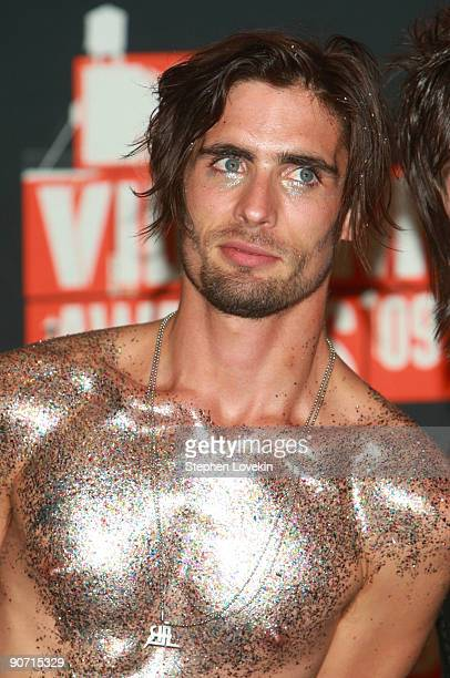 Tyson Ritter off AllAmerican Rejects poses in the press room at the 2009 MTV Video Music Awards at Radio City Music Hall on September 13 2009 in New...