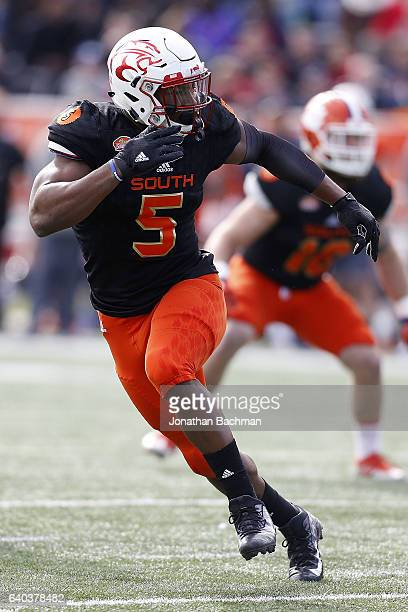 Tyus Bowser of the South team of the North team defends during the Reese's Senior Bowl at the LaddPeebles Stadium on January 28 2017 in Mobile Alabama
