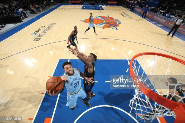 Tyus Jones of the Memphis Grizzlies drives to the basket during the game against the New York Knicks on April 9, 2021 at Madison Square Garden in New...
