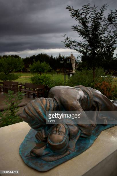 'u2028Statue representing the sadly famous photograph by Ramazan Öztürk a turk photoreporter one of the rare journalist that went to Halabja This...