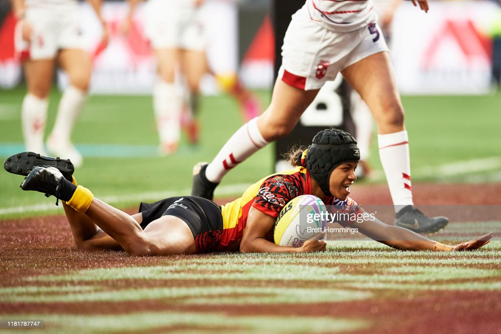 Ua Ravu Of Png Scores A Try During The Round 1 Rugby League World Cup News Photo Getty Images