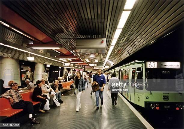UBahn in Bonn Hauptbahnhof Juni 1999