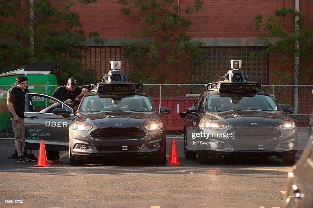 Uber Experiments With Driverless Cars : News Photo