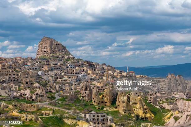 uchisar in cappadocia - カッパドキア ストックフォトと画像