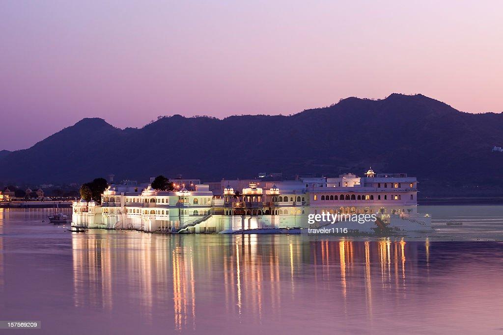 Udaipur Lake Palace : Stock Photo